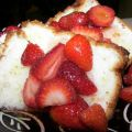 Angel Food Cake With Fresh Fruit and Lime[...]