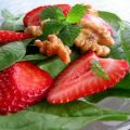 Spinach Salad W /Strawberries, Lemon Verbena[...]