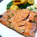Grilled Salmon With Kiwi-Herb Marinade