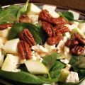 Spinach Salad With Caramelized Pecans