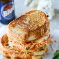 Buffalo Chicken Grilled Cheese (with Beer[...]