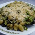Gnocchi With Asparagus & Olives in a Creamy[...]