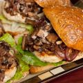 Roasted Garlic Turkey Burger W/Portabella[...]
