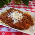 Spaghetti sauce with meat and chorizo