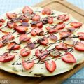 Applesauce Brownie Pizza